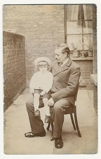 Karl (Charles) Ient with his youngest son, Albert in about 1909